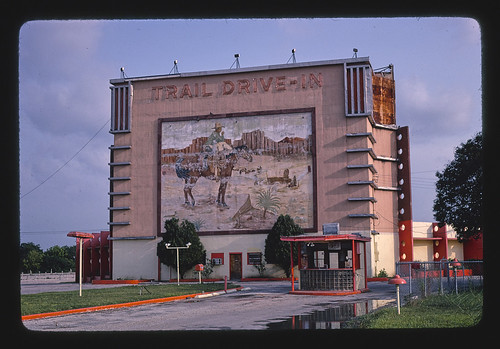 Roadside America -- Trail Drive-in Theater, San Antonio, Texas