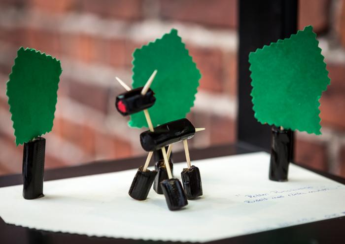 Lakritsa- ja salmiakkifestivaalit 2017 Wanha Satama Helsinki lakutaide taidetta karkista karkkitaide petteri punakuono