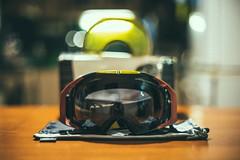 Nové Oakley Airbrake/H.I. Yellow + Dark grey - titulní fotka