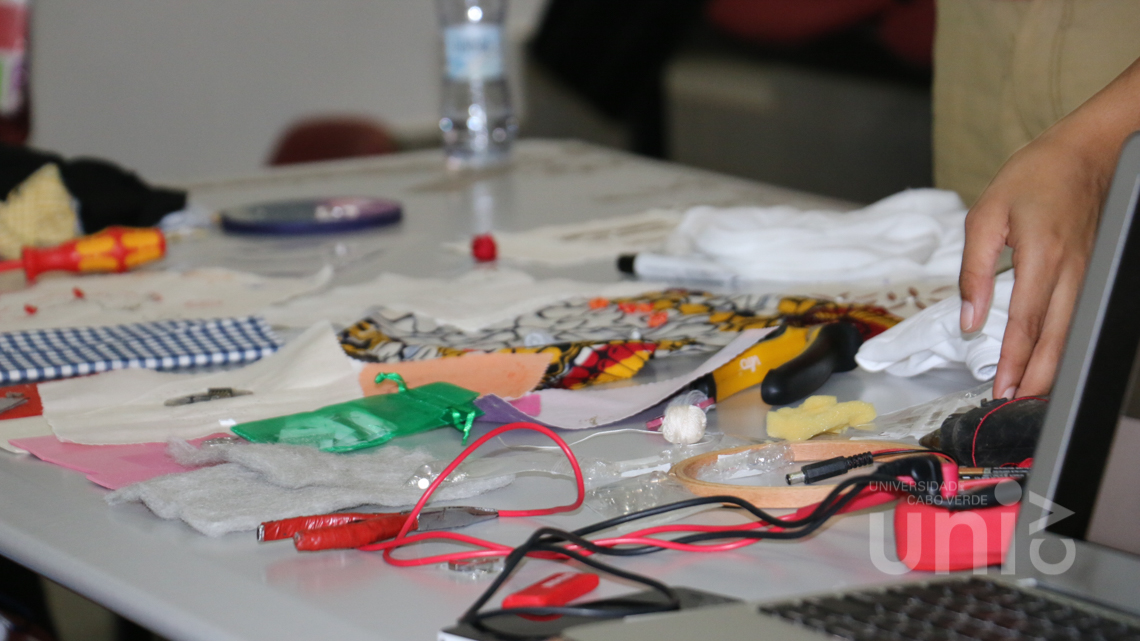 Workshop sobre design de e-textile