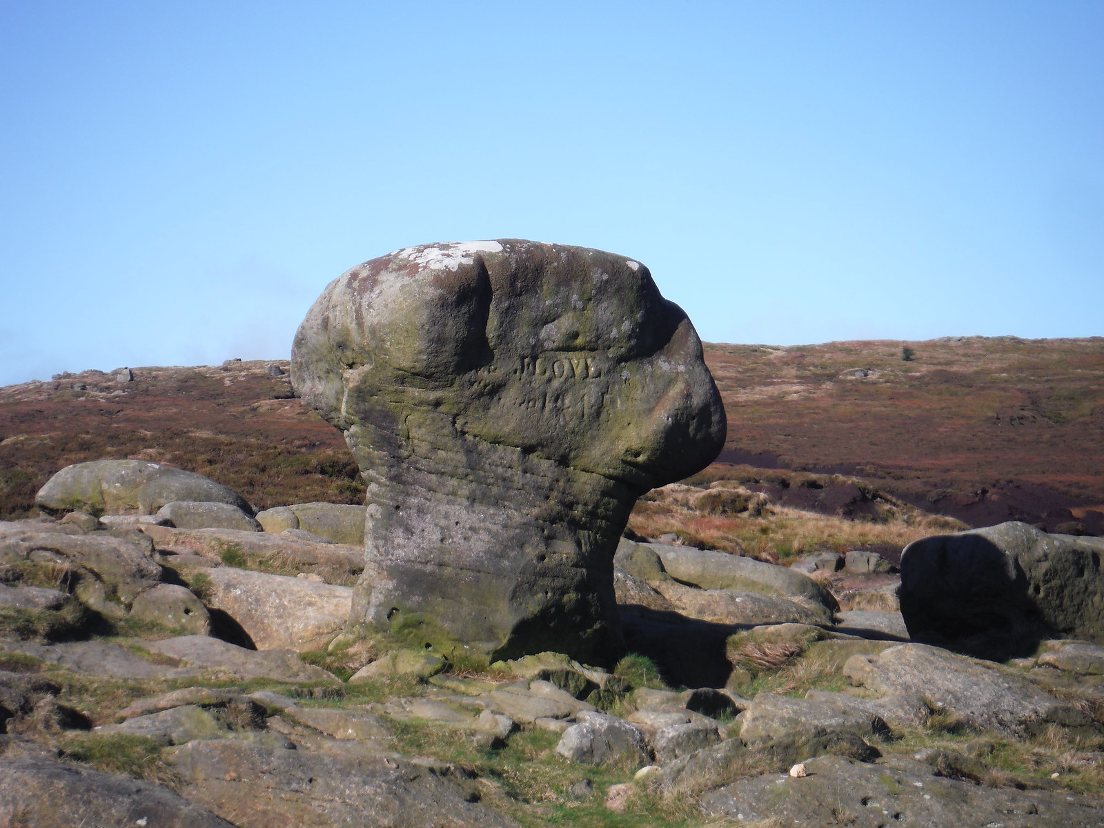 Weathered Boulder SWC Walk 304 - Kinder Scout Circuit (from Edale)