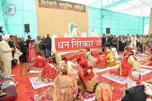 Devotee enjoying Mass Marriages