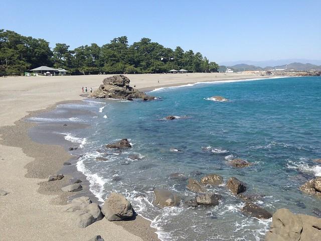 kochi-kochi-city-katsurahama-beach-01
