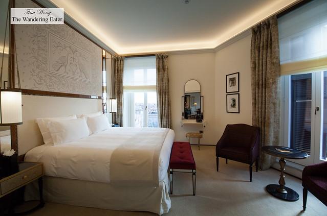 Bedroom at Villa Medici Presidential Suite