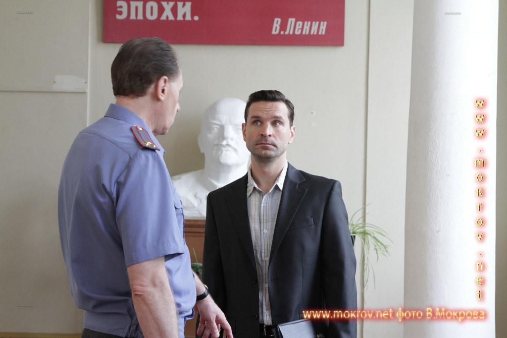 Актер - Добронравов Виктор.