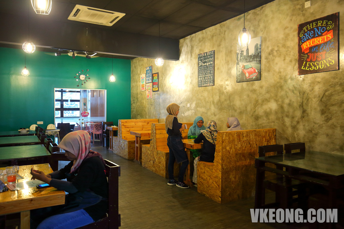 Kelam-Kaboot-Italian-Korean-Cafe