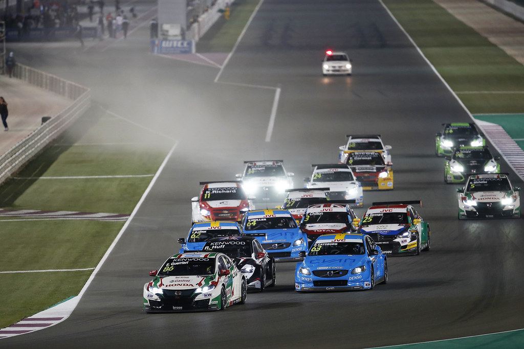 START 2 86 GUERRIERI Esteban, (arg), Honda Civic team Castrol Honda WTC, action during the 2017 FIA WTCC World Touring Car Championship race at Losail  from November 29 to december 01, Qatar - Photo Jean Michel Le Meur / DPPI