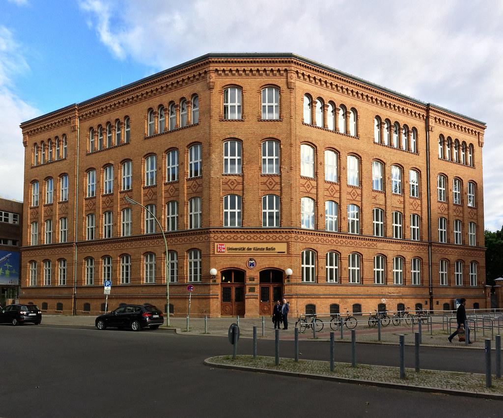Cee Cee Berlin Hotel