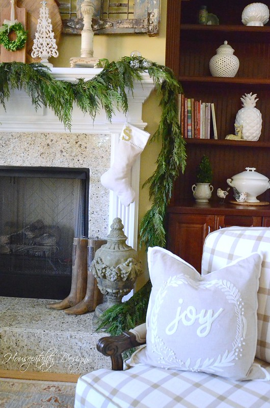Christmas Mantel-Housepitality Designs-6