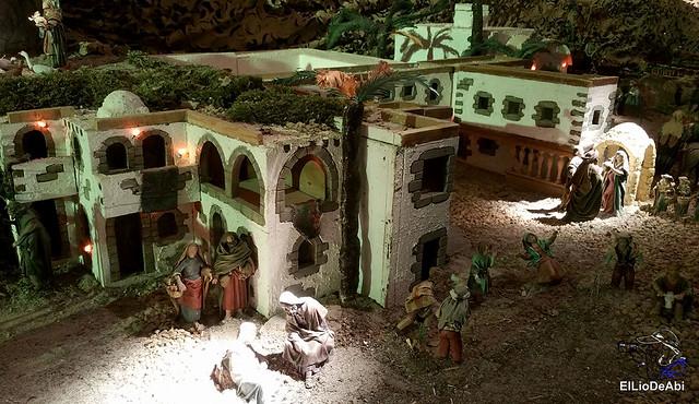 El Regimiento de Transmisiones nº 22 de Burgos monta el Belén 9