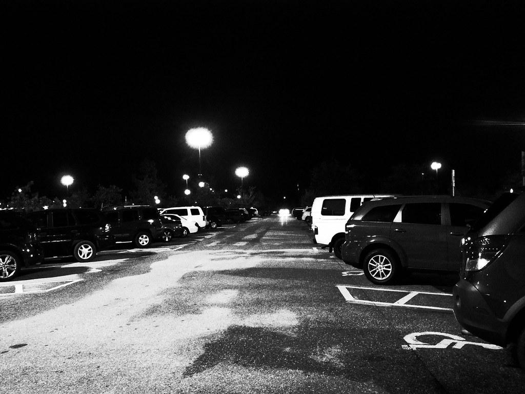 Full parking lot for Black Friday
