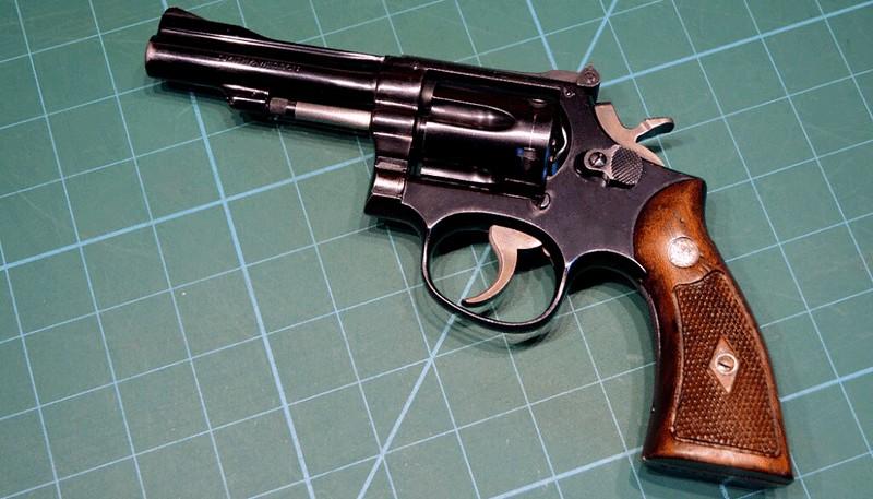 Arme de poing calibre .22 38168482742_565e77894e_c