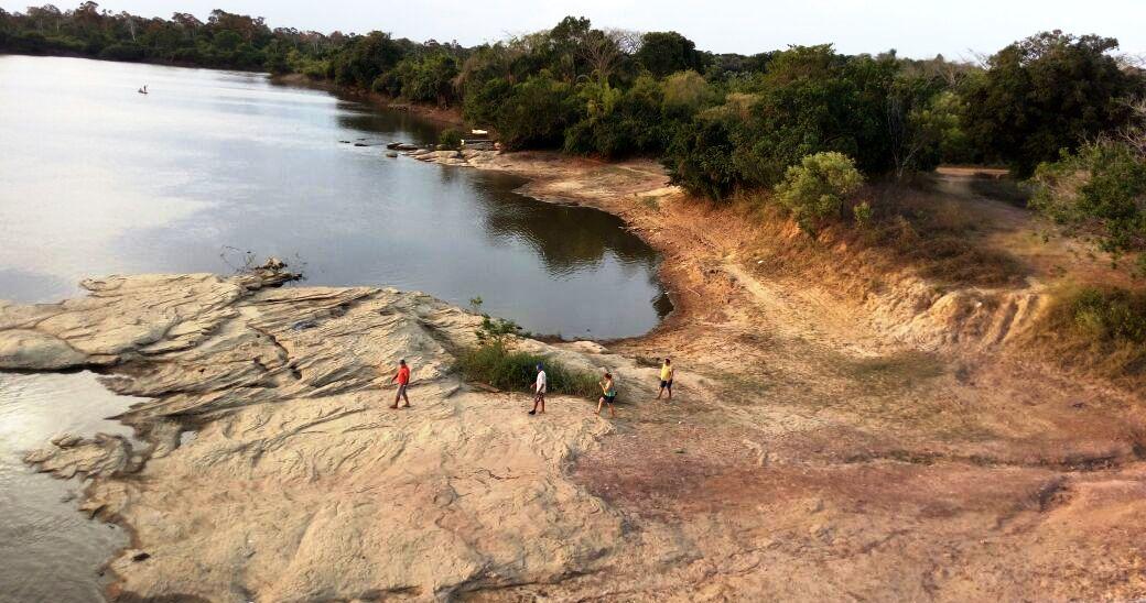 Rio Maicuru, em meses de águas rasas: Monte Alegre, Rio Maicuru, Monte Alegre. Foto: Josiane Freitas