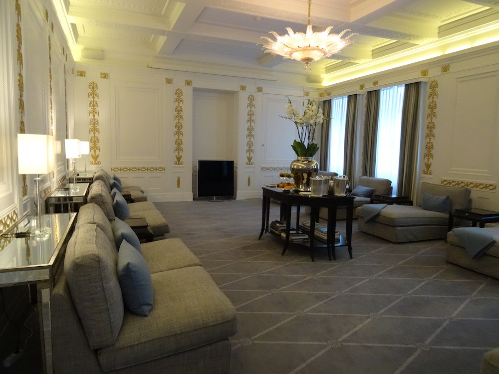 Guest Lounge at Hotel D'Angleterre