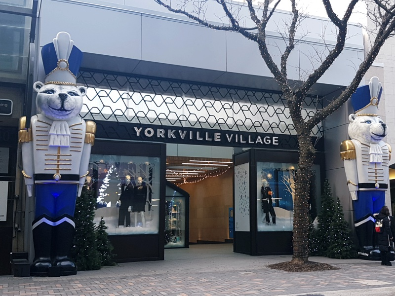 Yorkville Village Christmas