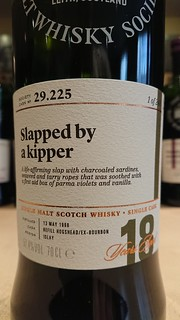 SMWS 29.225 - Slapped by a kipper