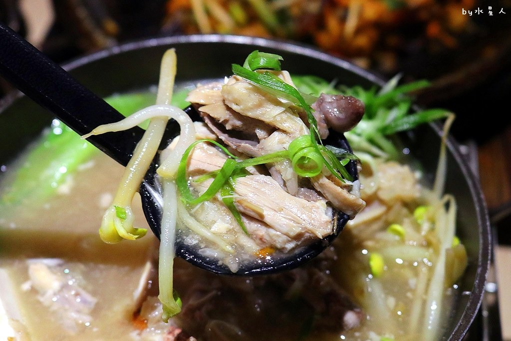 24002431727 dedf02a905 b - 熱血採訪|O八韓食新潮流,平價創意韓式料理,石鍋拌飯份量十足