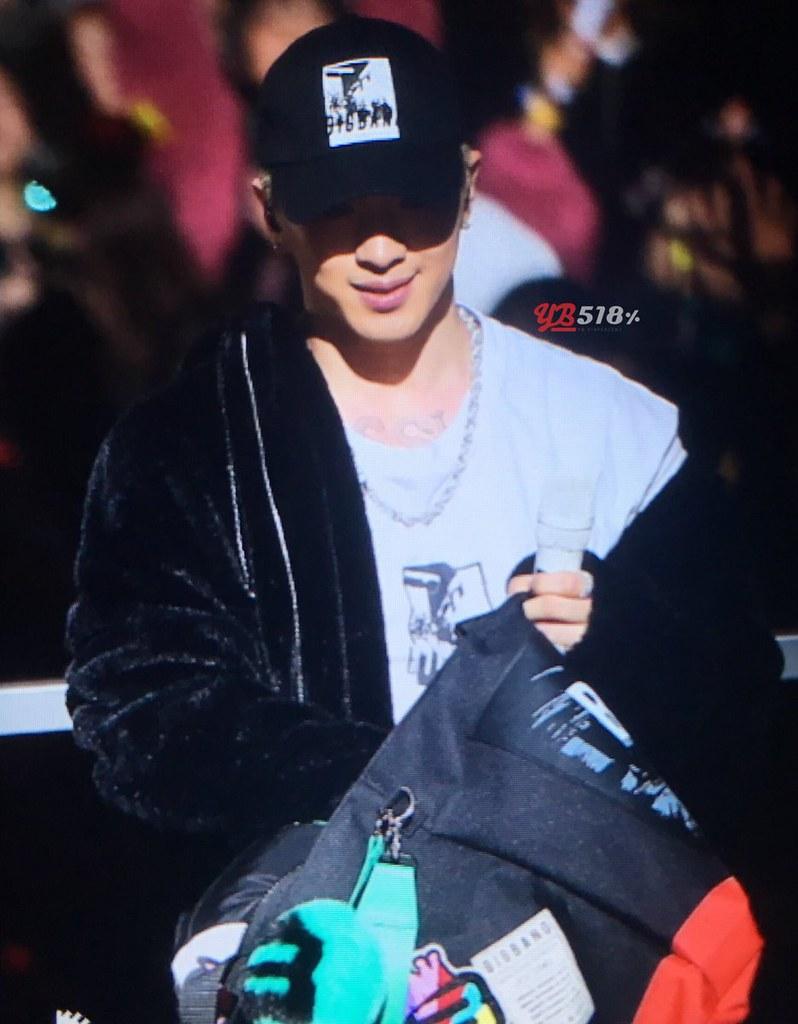 BIGBANG via YB_518 - 2017-12-03 (details see below)