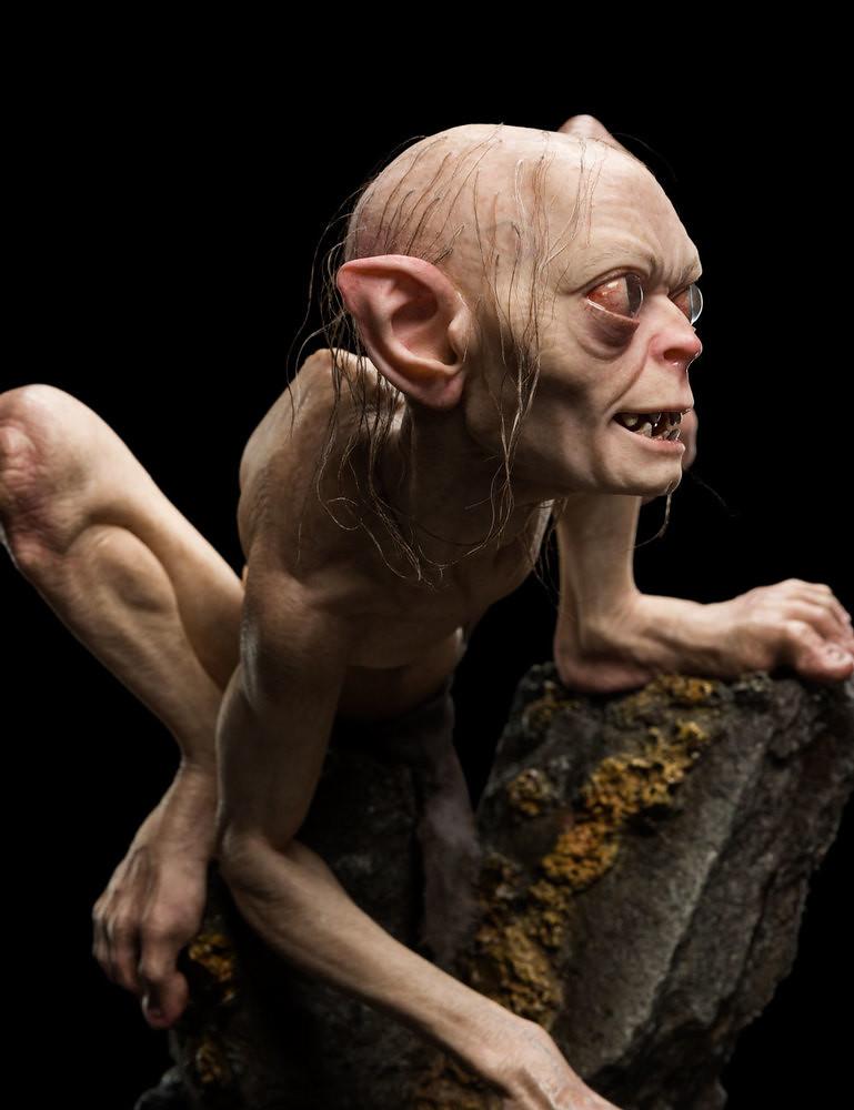 無時無刻都想奪回他的「寶貝」.....WETA Masters Collection 系列《魔戒》咕嚕 Gollum 1/3 比例全身場景雕像作品