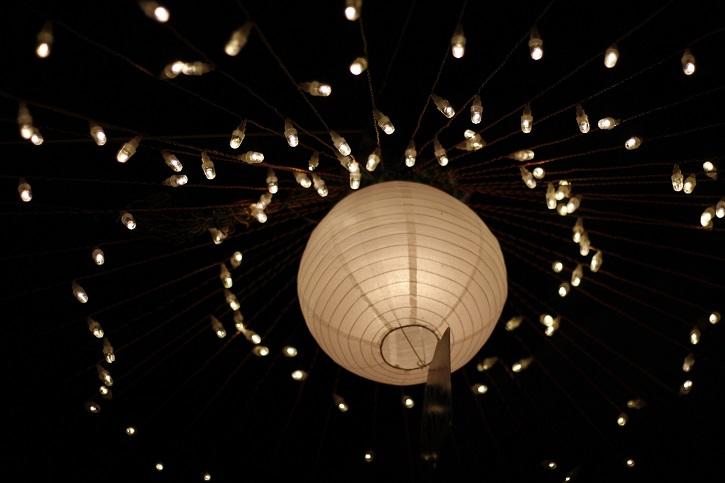lights-1562200_1920