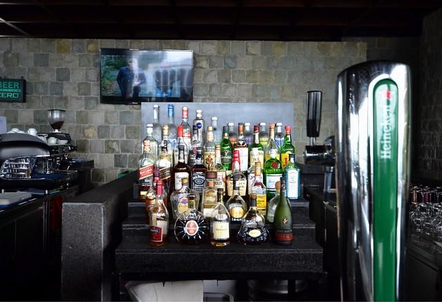 City Garden Grand Hotel firefly bar