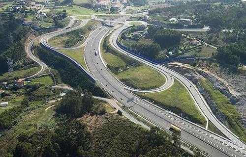 The La Coruña V14 bypass, built by COMSA, recognized as the best engineering work in Galicia