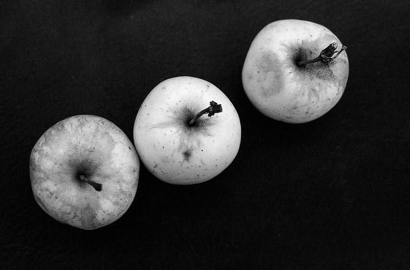 FILM - Three apples