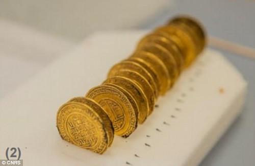 Islamic gold deniers found in france