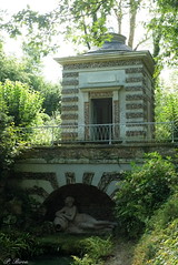 Pavillon de la Dame blanche - Parc du Haut-Rosay - Photo of Mulcent
