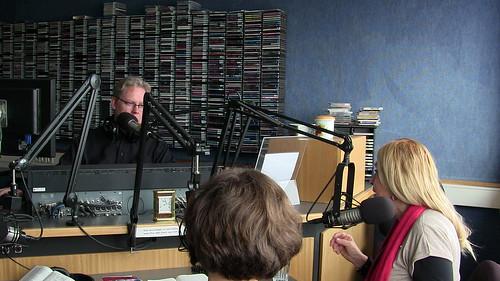 Hafsteinn G. Einarsson of Lindin radio interviews Vassula