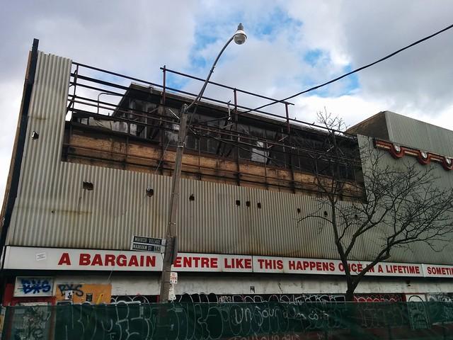 Honest Ed's in a time of demolition (5) #toronto #honesteds #theannex #bloorstreetwest #bathurststreet #demolition