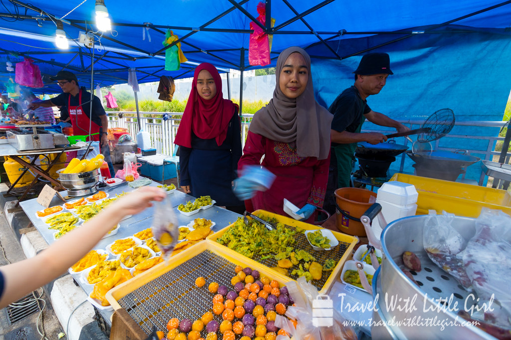 Our snacks! Pasar Malam at Cameron Highlands