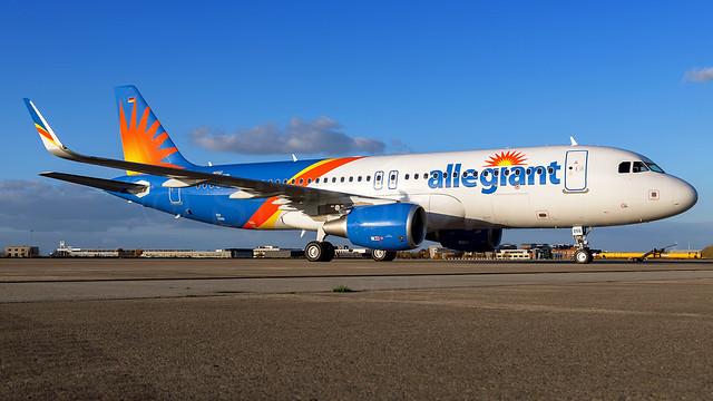 Allegiant Air Airbus A320-2 N255NV