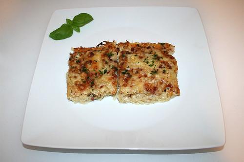32 - Tarte sourcrout - Served / Sauerkrautkuchen - Serviert