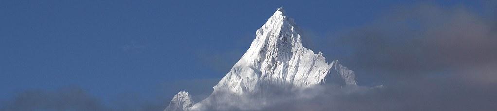 """China Osttibet, Trekking zum """"Weißen Kristallberg"""" Kawa Karpo, 6740 m. Foto: Bruno Baumann."""