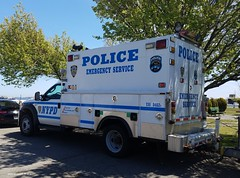 NYPD - ESU - 2007 Ford F550 Super Duty 8402 (2)