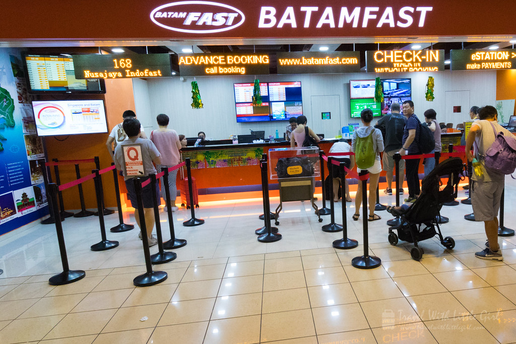 Queuing up at BatamFast to Batam Ferry Terminal