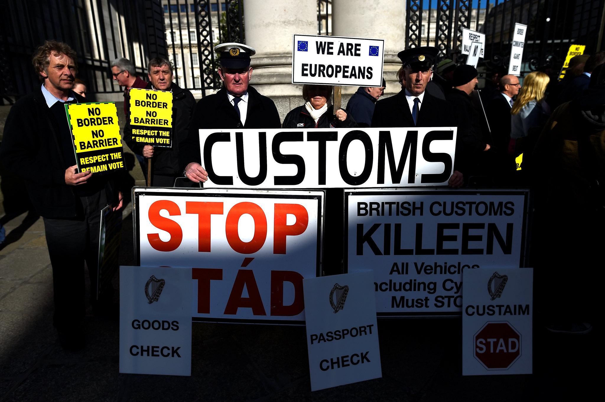BRITAIN-EU/IRELAND