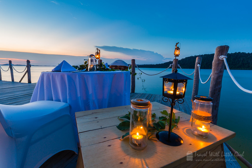 Telunas Candlelight Dinner and Sunet