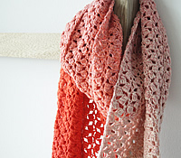 Scheepjes Whirl crochet pattern: The Little Meringue Shawl
