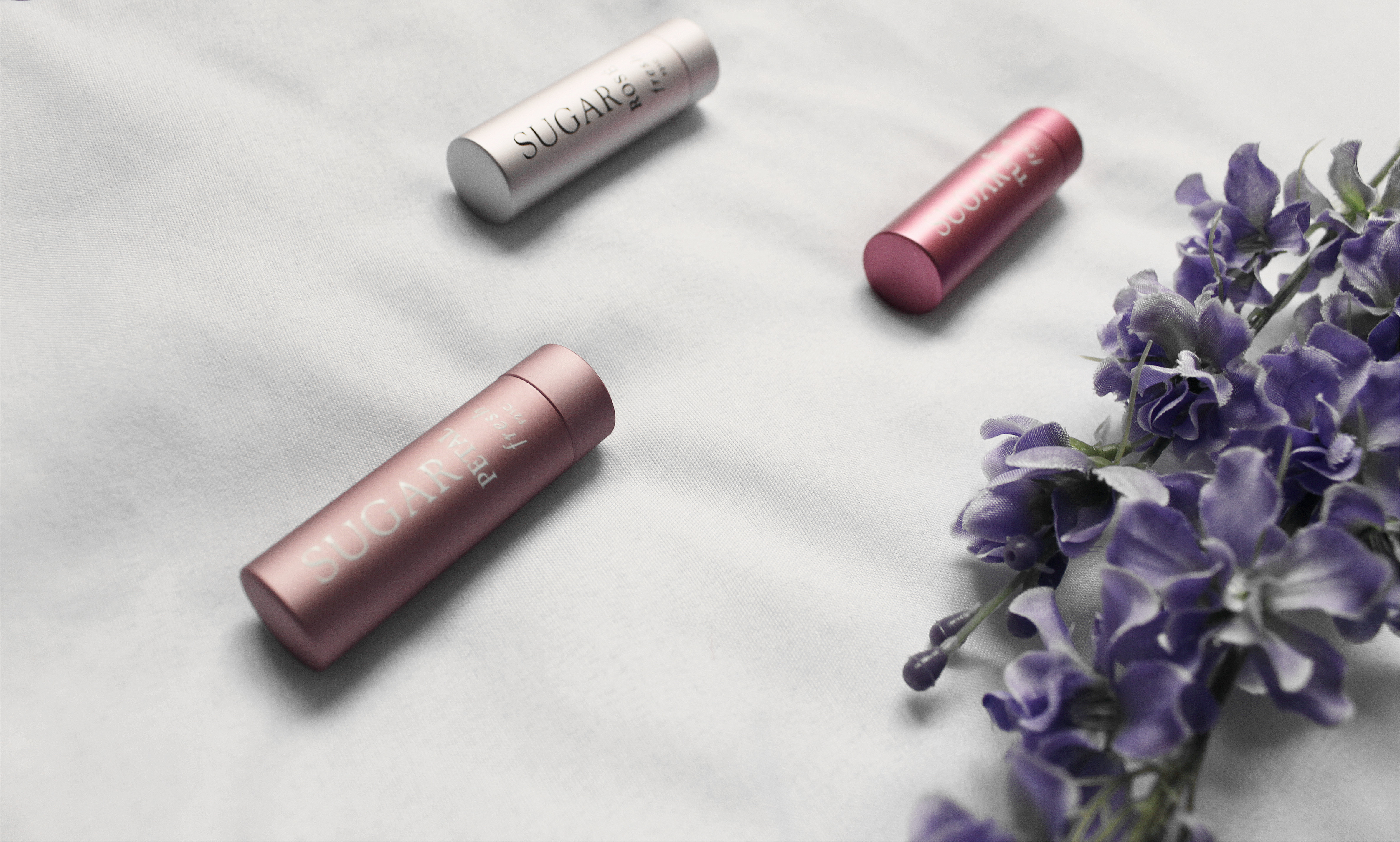 4982-beauty-makeup-skincare-sephora-vibrouge-cosmetics-olehenriksen-loccitane-fresh-clothestoyouuu-elizabeeetht-flatlay
