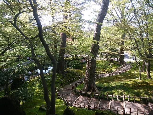 ishikawa-kanazawa-kenrokuen-garden-13