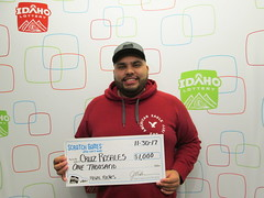 Cruz Rosales - $1,000 - Regal Riches - Nampa - Fred Meyer