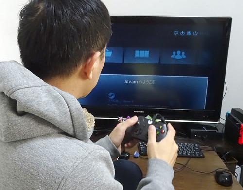 ゲーム機にもなるリビングPC