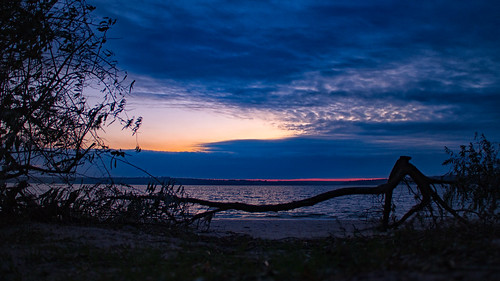 canoneosm canon clouds ukraine mykolaiv autumn sunset blue fall landscape log tree trees timber seascape river nature shore night