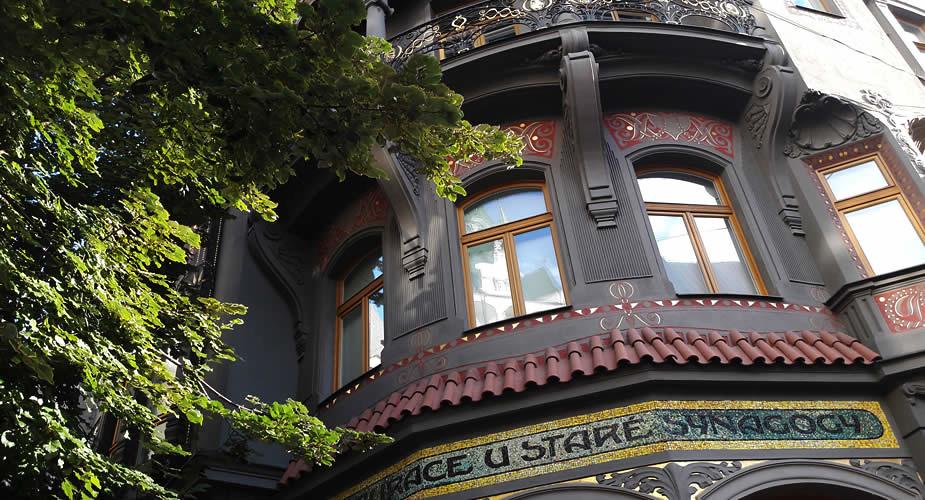 Weekend Praag: bezoek de Pařížská | Mooistestedentrips.nl
