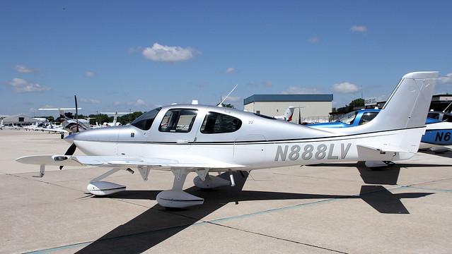 N888LV