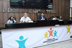 """Projeto Escola no Legislativo Iguaçuano - """"Educar é Lei"""" - 1ª Edição"""