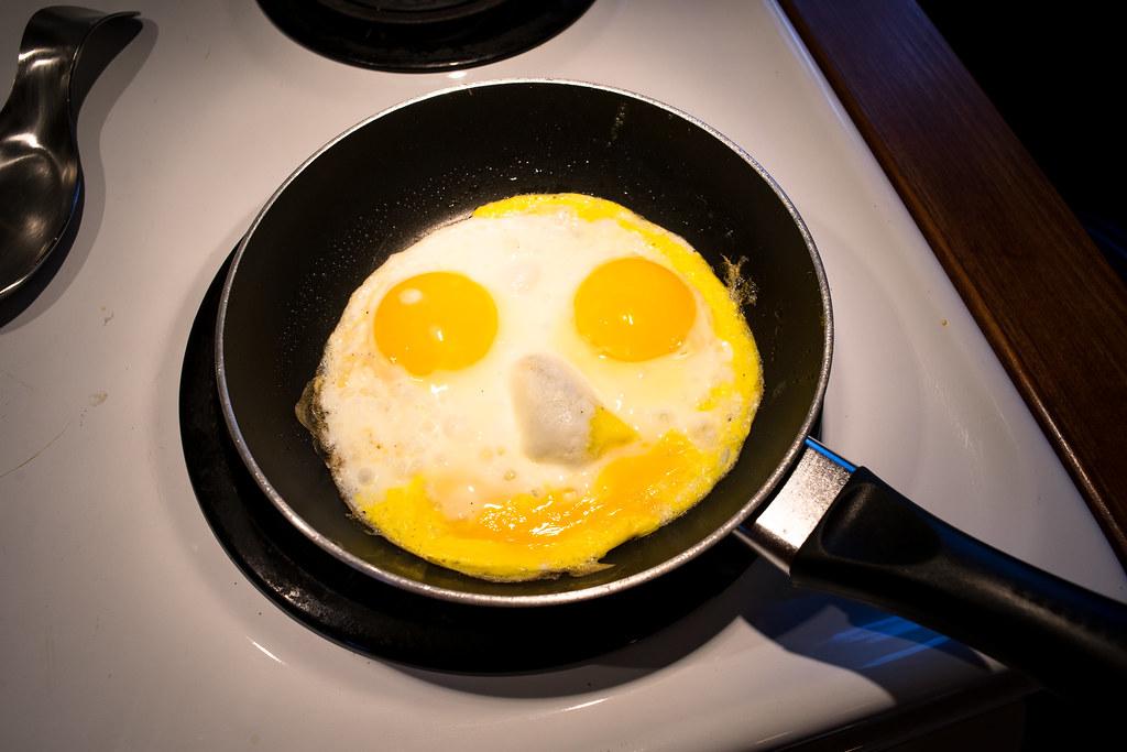 Ce matin, mon petit déjeuner me souriait ! 23900075417_223b72e83c_b