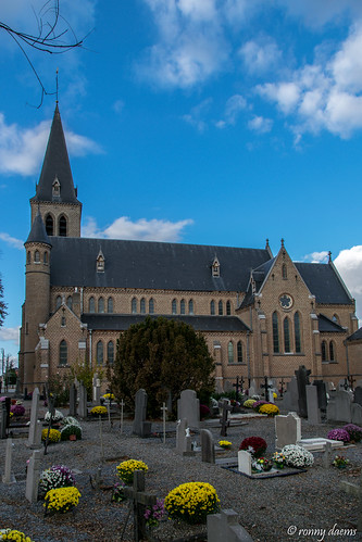 Schakkebroek, Onze-Lieve-Vrouw Onbevlekt Ontvangenkerk.